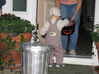 halloween_nbsp_2004_nbsp_008.jpg